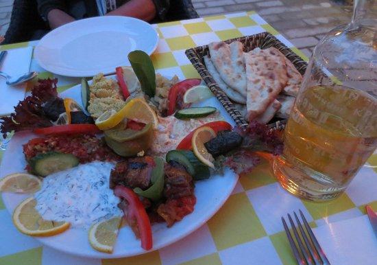 Hippodrome Restaurant: Mix mezes sampler…so good.