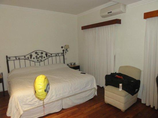 Hotel Asturias: cama de 2 x 2