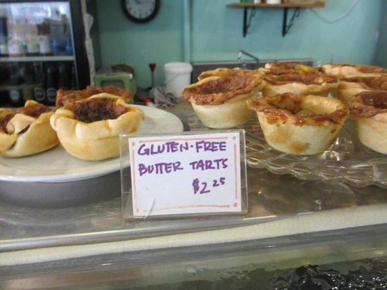 Regent Cafe: good-looking baked goods
