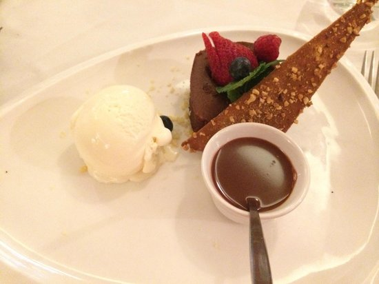 """Bistrot Caraibes: Home made """"Profiterolles""""with Vanilla Ice Cream and Warm Chocolate Sauce"""