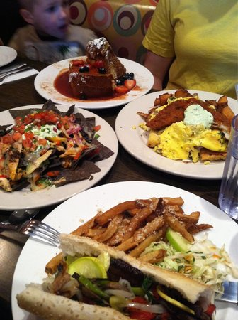 Sabrina's Cafe & Spencer's Too : Stuffed French toast, roasted veggie sandwich, nachos and release te kraken!