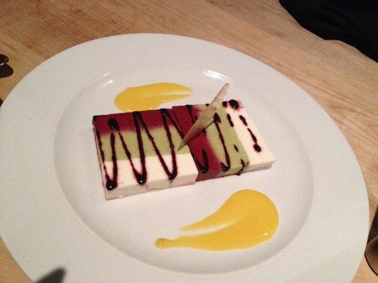 Fetch Restaurant : 3色味のムース