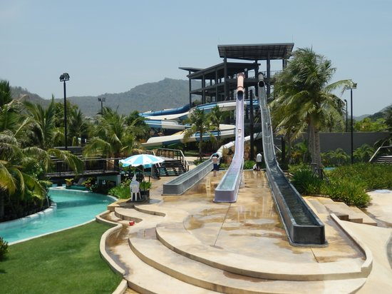 Young Kids Play Area - Picture of Black Mountain Water Park, Hua Hin - TripAd...