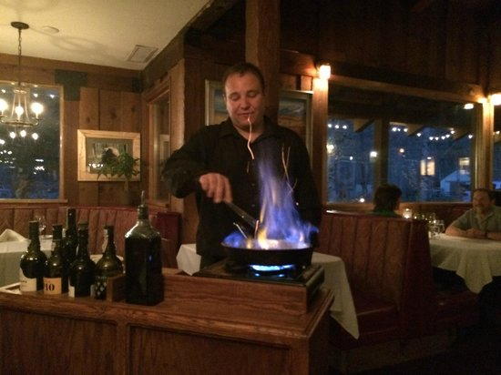 The Restaurant at Convict Lake : Bananas foster being made