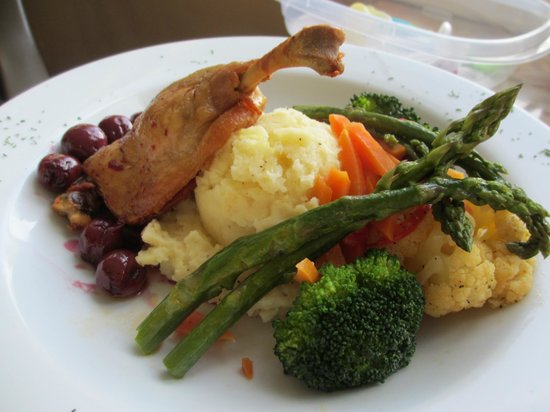 Restaurant On The Knoll: Duck Confit