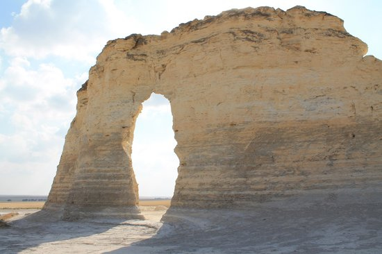 Oakley (KS) United States  City new picture : Monument Rocks Picture of Monument Rocks, Oakley TripAdvisor