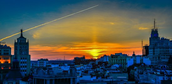 Circulo de Bellas Artes : Sunset over Madrid viewed Bellas Artes Tower - Madrid Spain