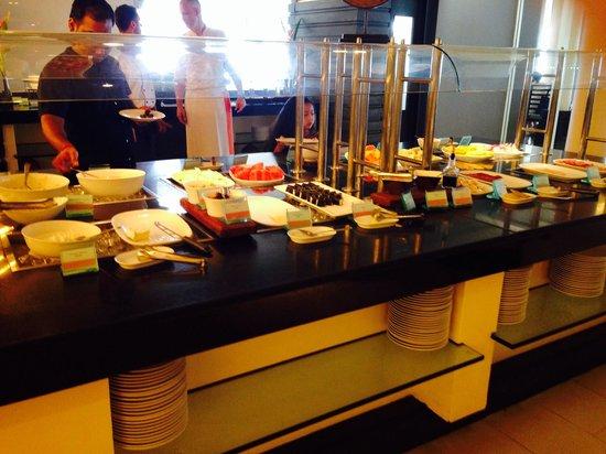 Amari Phuket: Ham , cheese and other cold cuts