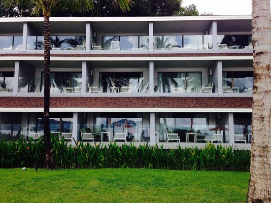 Amari Phuket: My block in the day. All the blocks are facing the sea.