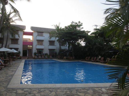 Hotel Villablanca Huatulco : Pool