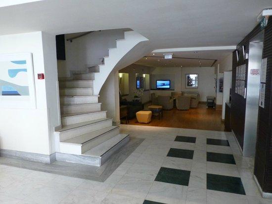 Hermes Hotel : Lobby area