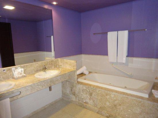 Enotel Acqua Club - Porto de Galinhas: Baño de la Suite