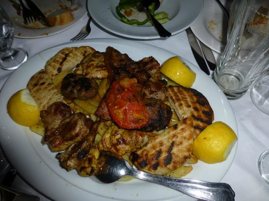 The Old Tavern of Psara : Mixed Grill