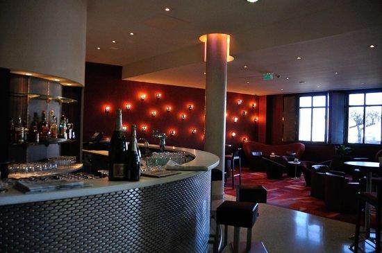 Radisson Blu Hotel, Marseille Vieux Port: Lounge.