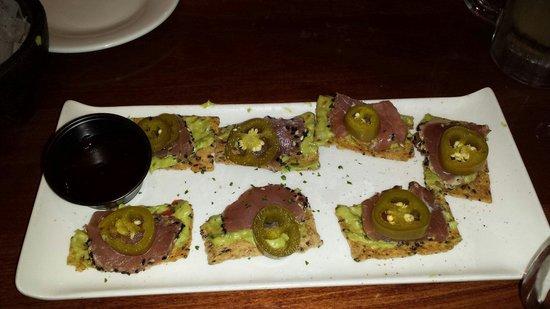 Rumba Island Bar & Grill : Mahi Tuna Nachos...awesome!