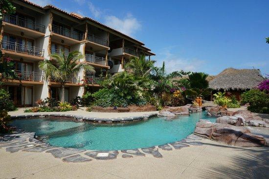 Canoa Beach Hotel Swimming Pool