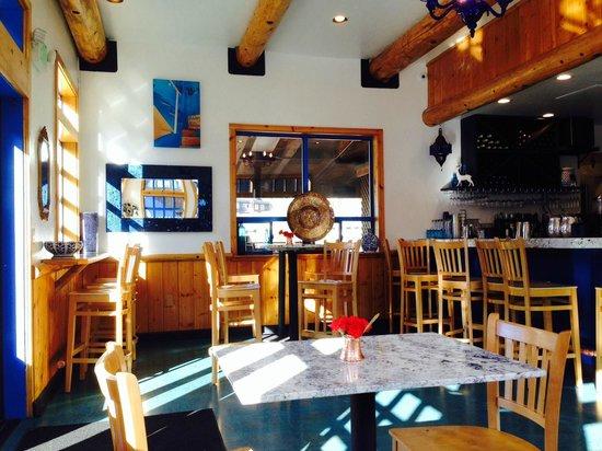 Artemis Mediterranean Grill: indoor seating