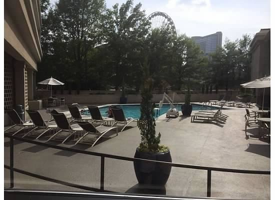 DoubleTree by Hilton Hotel Atlanta Downtown: Outdoor pool