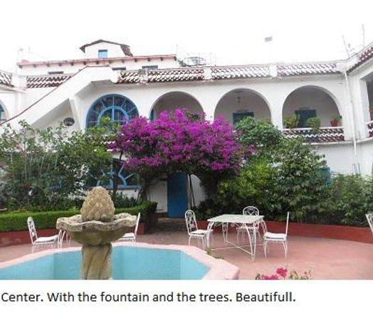 Santa Prisca : The courtyard (or plaza)