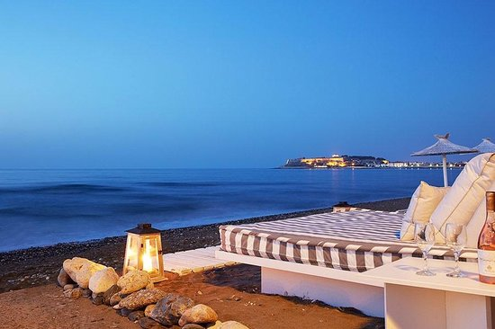 Petradi Beach Lounge Hotel: Sunset Hour at the beach!