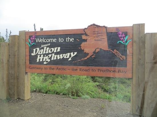 Northern Alaska Tour Company: dalton Highway drive