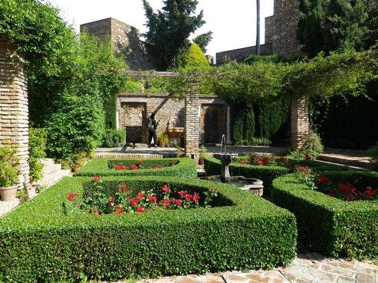 Alcazaba (fort) : Garden