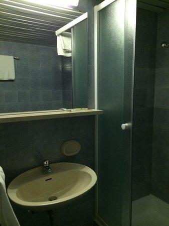 Hotel Adriatic : 洗面台