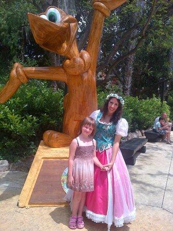 PortAventura World: С принцессой Весна и Вуди