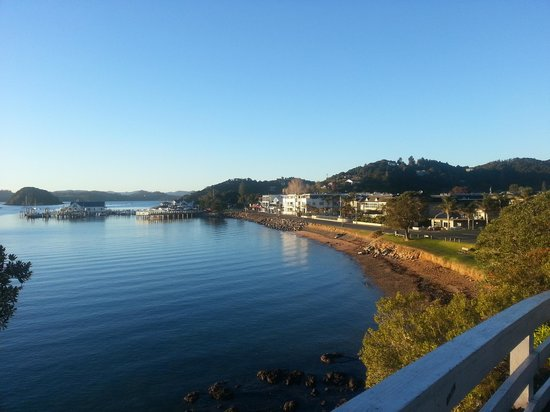 The Waterfront Suites - Heritage Boutique Collection: Glorious morning view of Paihia and the hotel