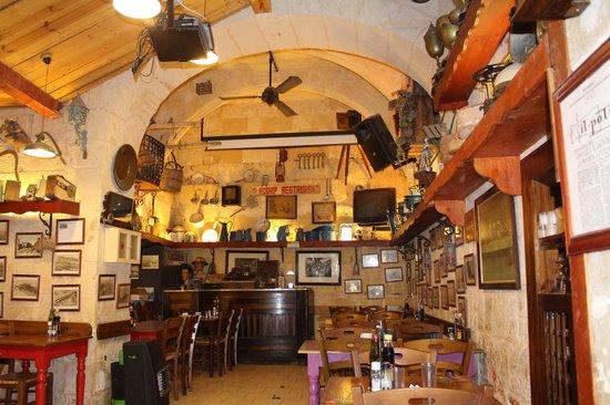Luciano Al Porto Boutique : restaurant