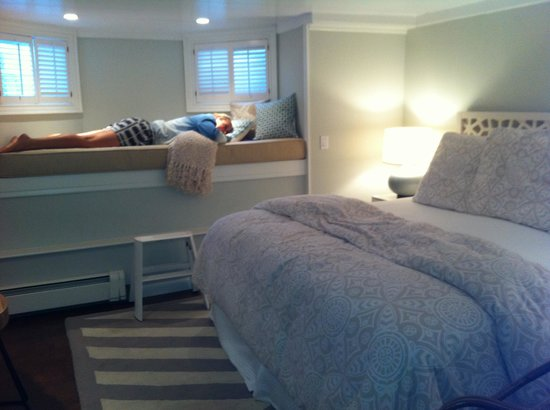 Centerboard Inn: Our room