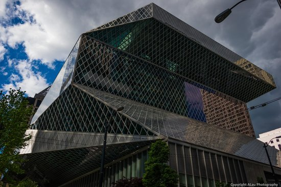Seattle Public Library: Crazy shaped library