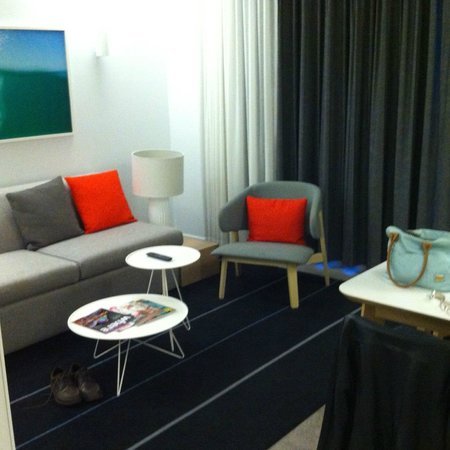 Adina Apartment Hotel Bondi Beach: Lounge Area