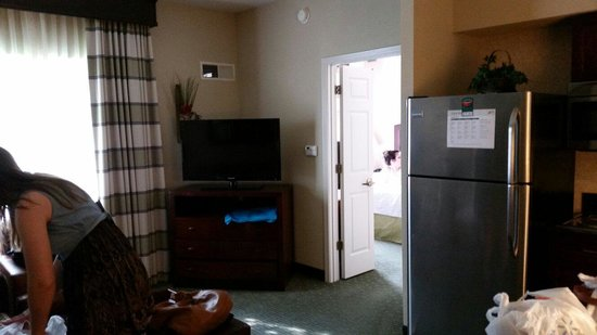Homewood Suites Dallas-Market Center: Living area