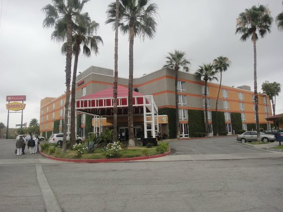 Ramada Commerce/Los Angeles Area: Front View