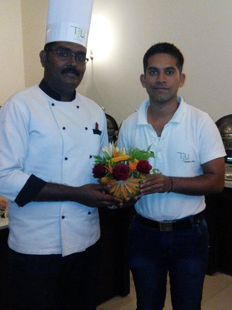 T&U Leisure Hotel: Chef Selvin