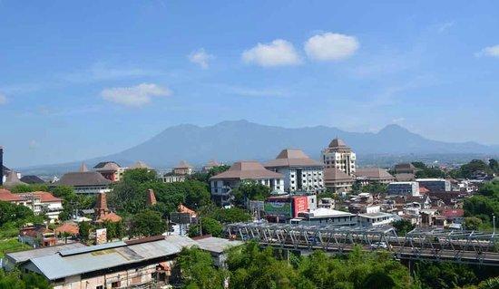 View Dari Kamar Picture Of Everyday Smart Hotel Malang Tripadvisor