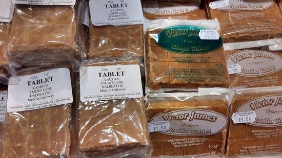 Famous Blacksmiths Shop: Delicious Scottish tablets