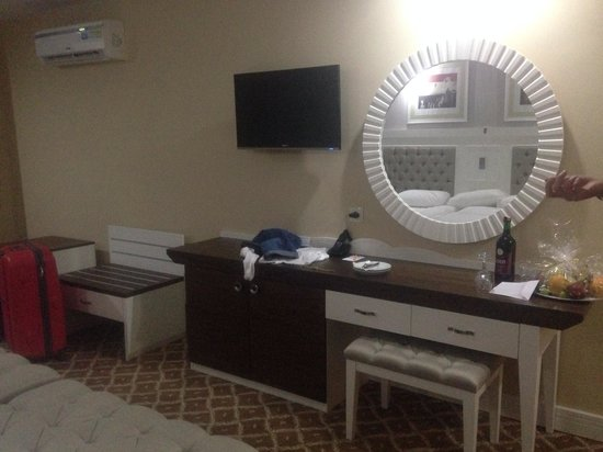 Simena Hotel: The room