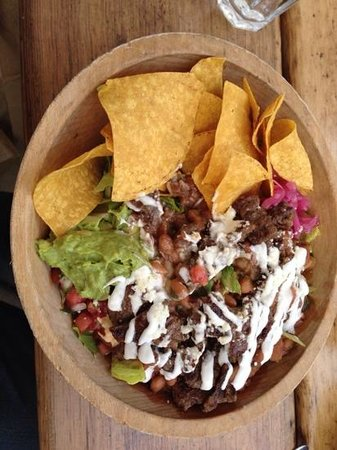 South Leavenworth: Taco salad with carne asada.