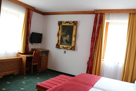 Mercure Sighisoara Binderbubi Hotel and Spa: the bedroom