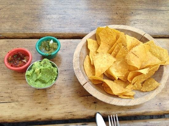South Leavenworth: Guacomole, chips and salsa.