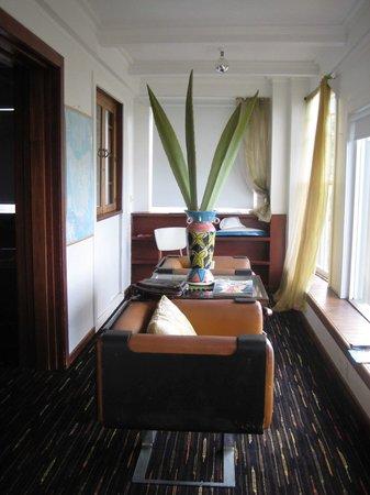 The Last Villa: quaint decor