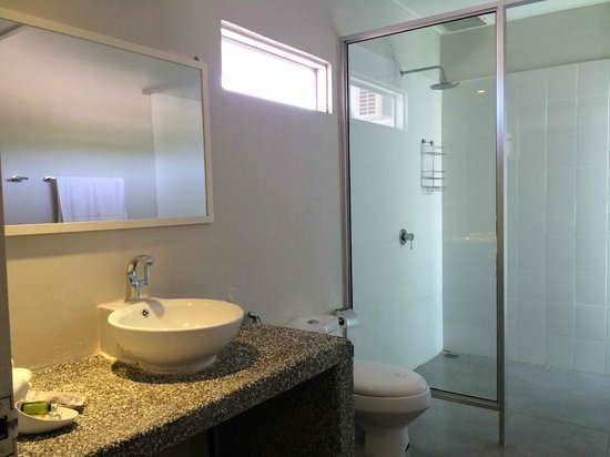 La Pari-Pari Langkawi: Bathroom1