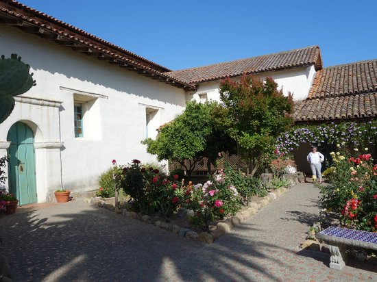 Mission San Juan Bautista: Gardens, San Juan Bautista Mission
