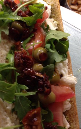 Daisy Sandwiches Godalming Station: Delicious...