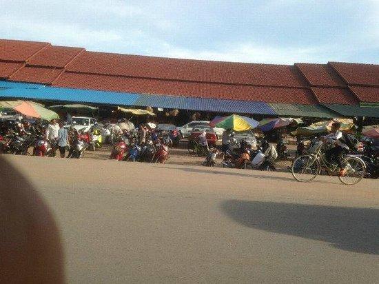 Dara Reang Sey Hotel Siem Reap: ご近所のマーケット