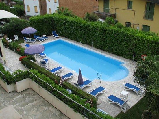 Hotel Armony Desenzano Del Garda Italien Omd Men Och