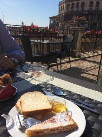 Hotel Royal: Colazione in terrazza