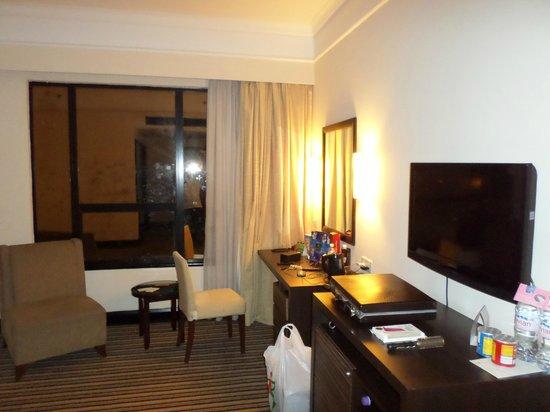 Swiss-Garden Hotel : Room